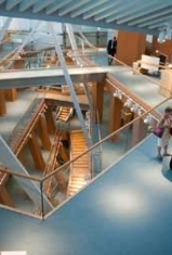 gehry_inside2